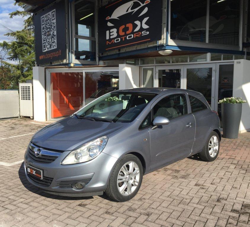 Opel Corsa 1.2 3pt OK NEOPATENTATI